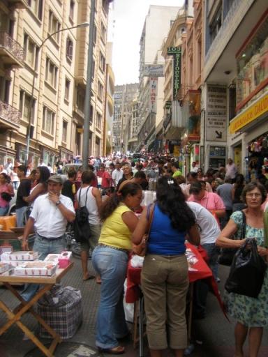 crowded-sao-paulo-street