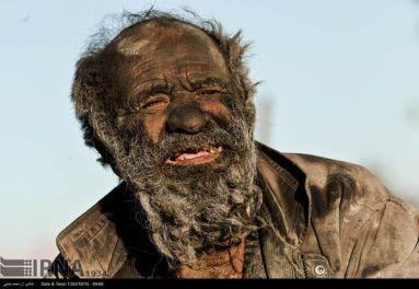 Amoo-Hadji-no-bath-for-60-years-4